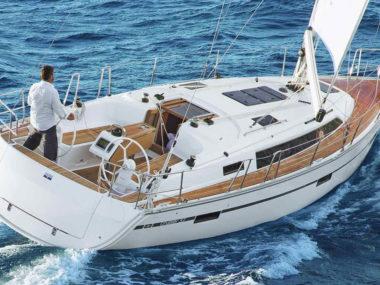 Bavaria Cruiser 37 (1)