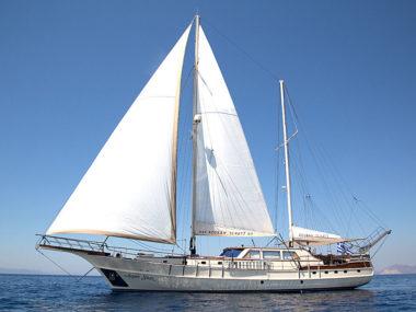 SY Aegean Schatz - Yeneryactilik main