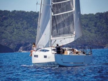 Sun-Odyssey-410-Main